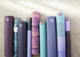 Tất tần tật những điều bạn cần biết về thảm yoga Manduka