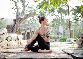 6 tư thế vặn xoắn trong yoga giúp loại bỏ quá khứ, nhường chỗ cho tương lai