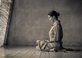 Thiền có thể cải thiện việc tập luyện yoga như thế nào?
