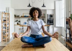 Ăn - Ngủ - Yêu - Suy nghĩ theo lối sống yoga