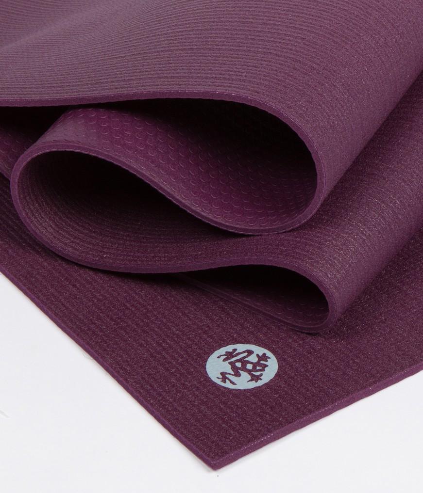 thảm yoga manduka