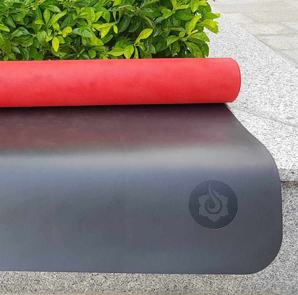 mua thảm tập yoga loại nào tốt