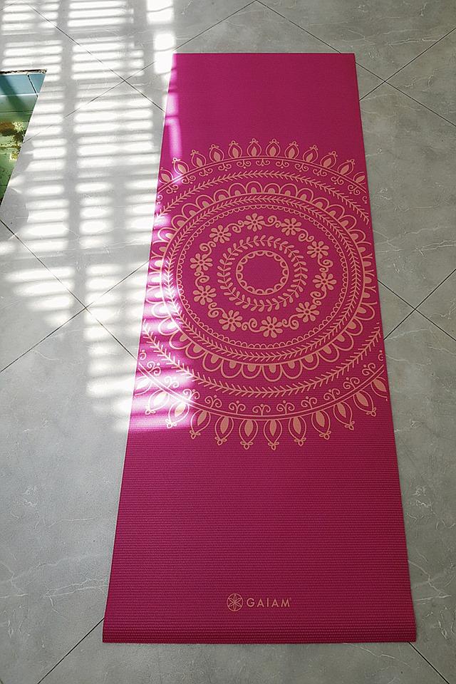 thảm tập yoga chính hãng